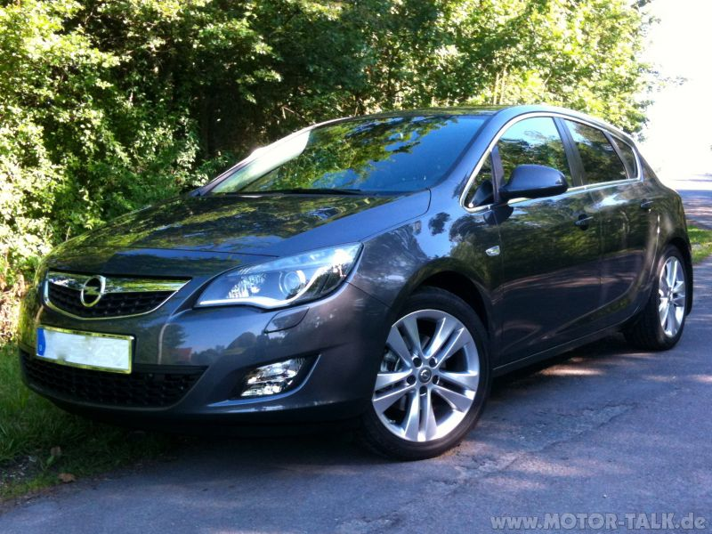 opel astra sw rent a car car rental abac sa 071kb. Black Bedroom Furniture Sets. Home Design Ideas