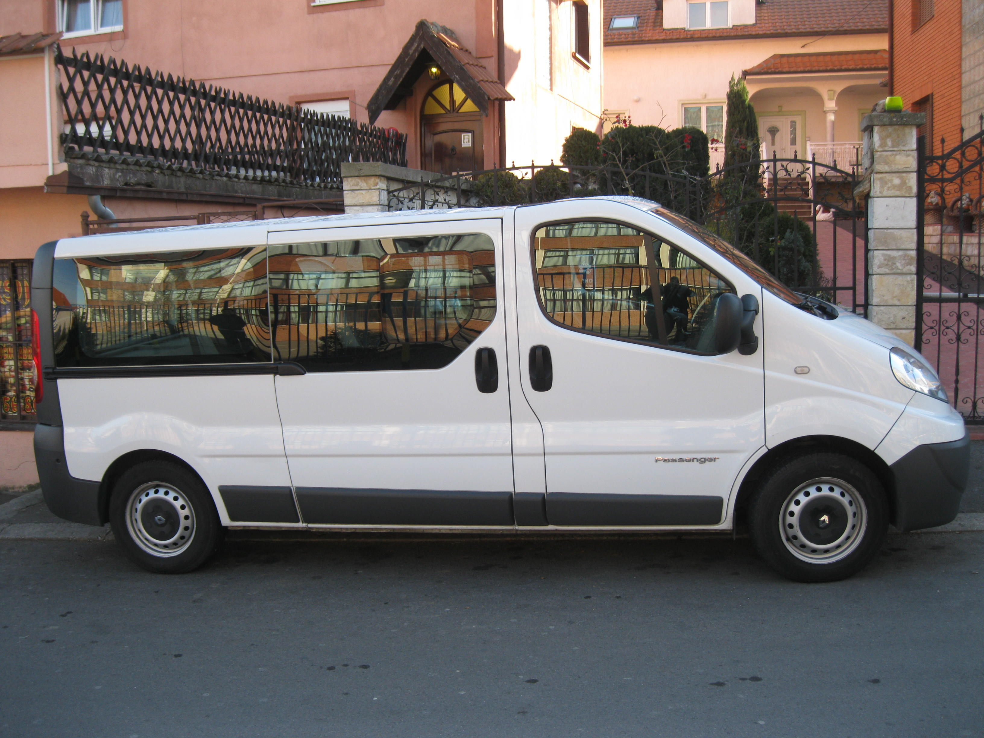 Car Rental Renault Trafic